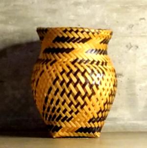 cesto indigena baniwa jarro preto